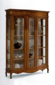 Klasikiniai svetaines baldai Vitrinos art 156/A Vitrina