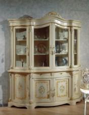 Klasikiniai svetaines baldai Vitrinos art 1602 Vitrina