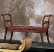 Klasikinio stiliaus baldai Sofos, foteliai art 0120Q Suoliukas