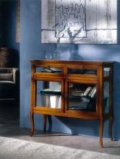 Klasikinio stiliaus interjeras Glamour art 706 Vitrina