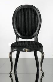 Klasikinio stiliaus interjeras Komodos art 0149S Kėdė