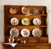 Sendinti klasikiniai baldai Kiti įvairūs baldai art 517/A Lėkščių lentyna