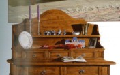 Sendinti klasikiniai baldai Kiti įvairūs baldai art 906/A Lėkščių lentyna