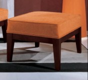 Sendinti klasikiniai baldai Seven Sedie art 0307O Pufas