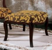 Sendinti klasikiniai baldai Seven Sedie art 0401O Pufas