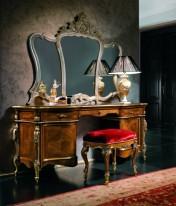 Sendinti klasikiniai baldai Tualetiniai staliukai art 0230N Tualetinis staliukas